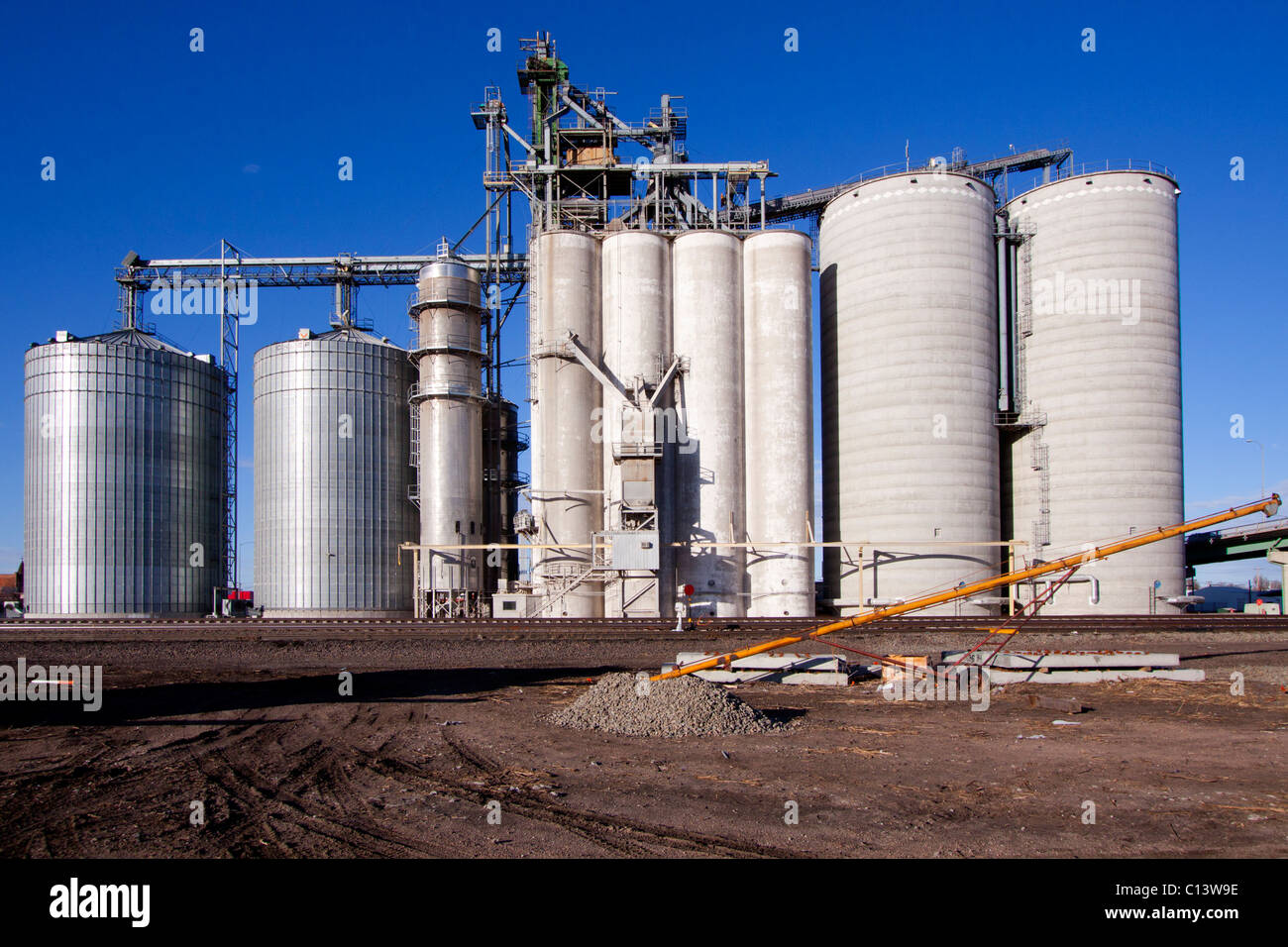 Agricultural silos in Grand Island, Nebraska, USA, 2/17/2011 - Stock Image