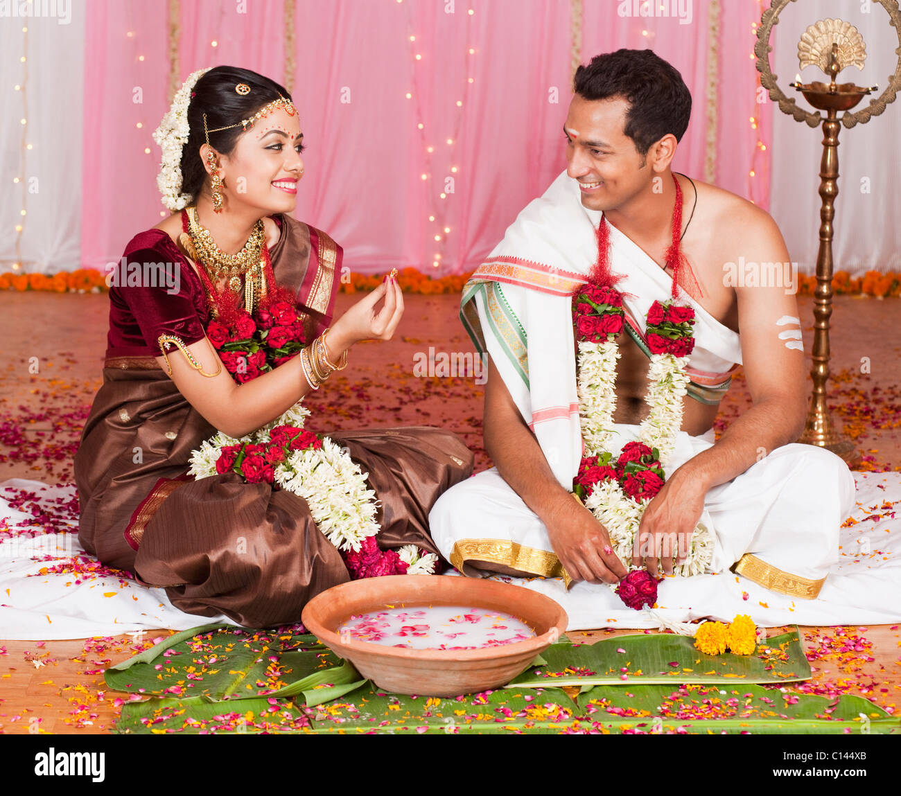 Indian Wedding Couple High Resolution Stock Photography And Images Alamy