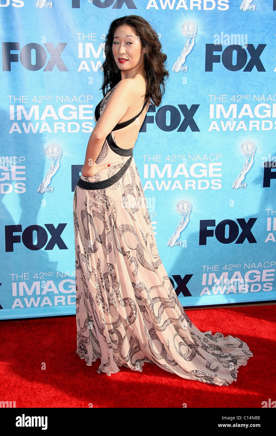SNADRA OH 42ND NAACP IMAGE AWARDS ARRIVALS DOWNTOWN LOS ANGELES CALIFORNIA USA 04 March 2011 - Stock Image