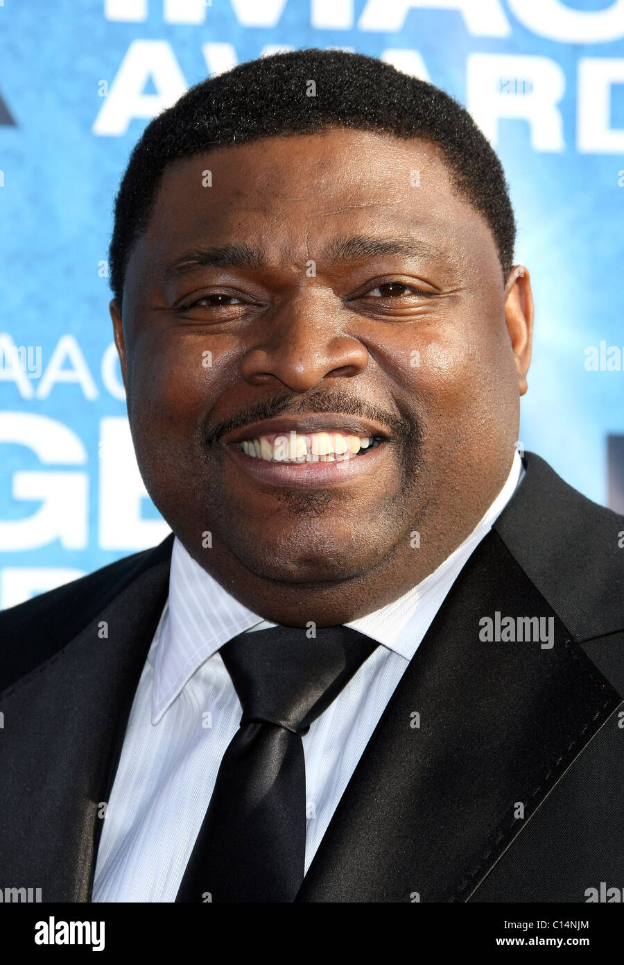 LAVAN DAVIS 42ND NAACP IMAGE AWARDS ARRIVALS DOWNTOWN LOS ANGELES CALIFORNIA USA 04 March 2011 - Stock Image