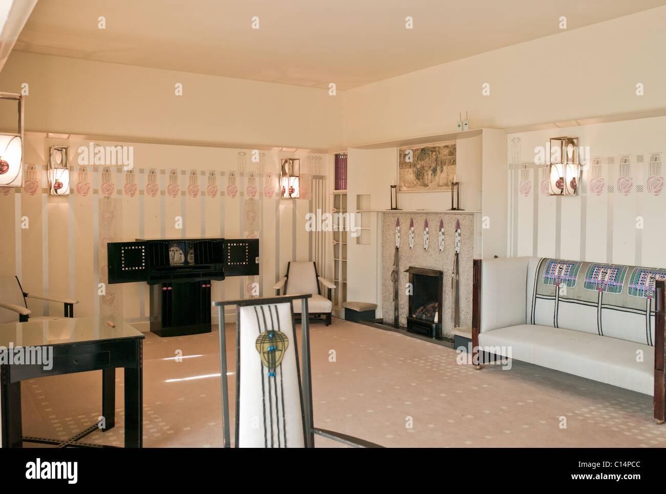 SITTING ROOM RENNIE MACKINTOSH HILL HOUSE GLASGOW SCOTLAND UNITED KINGDOM - Stock Image