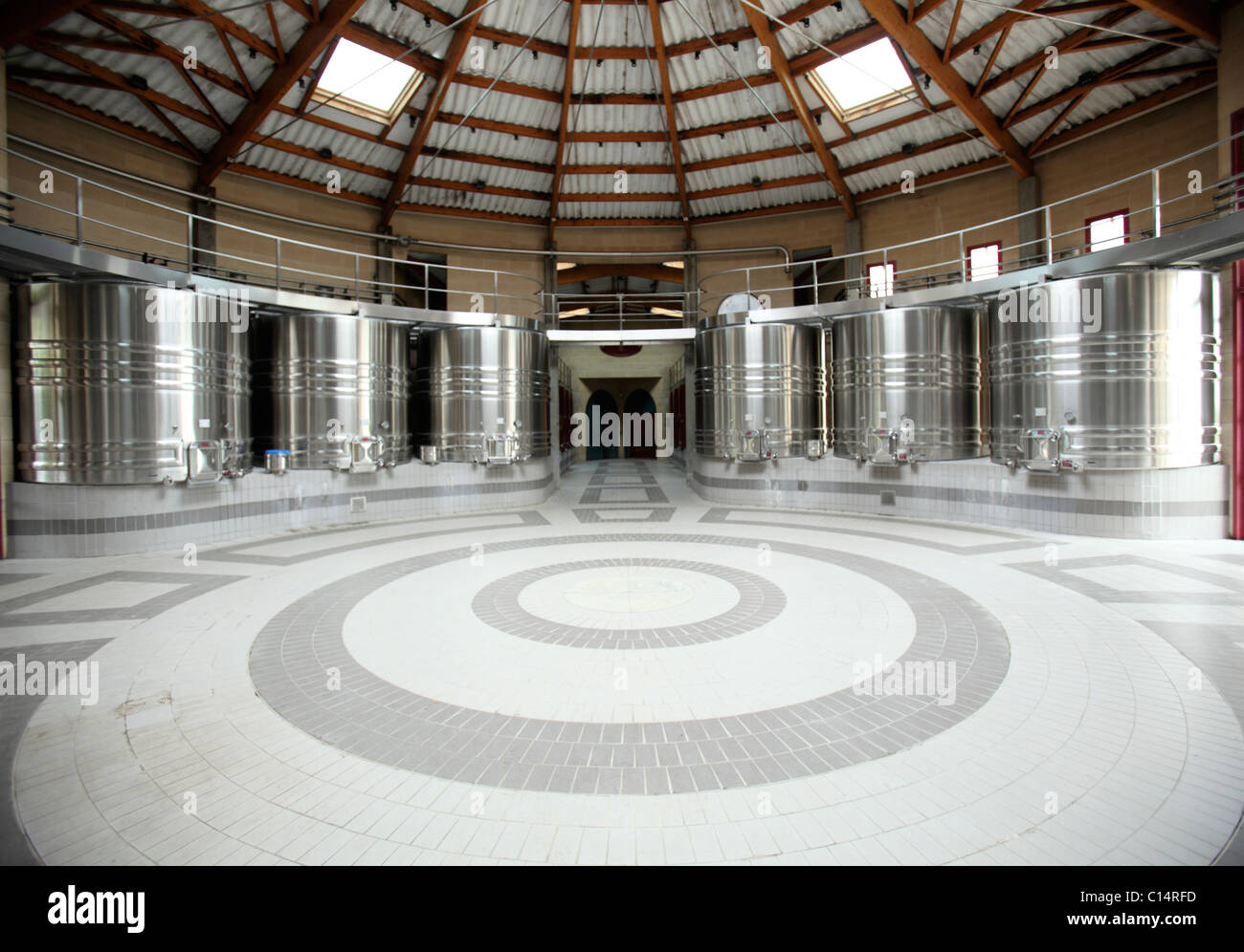 Winemaking facility in Bordeaux - Stock Image