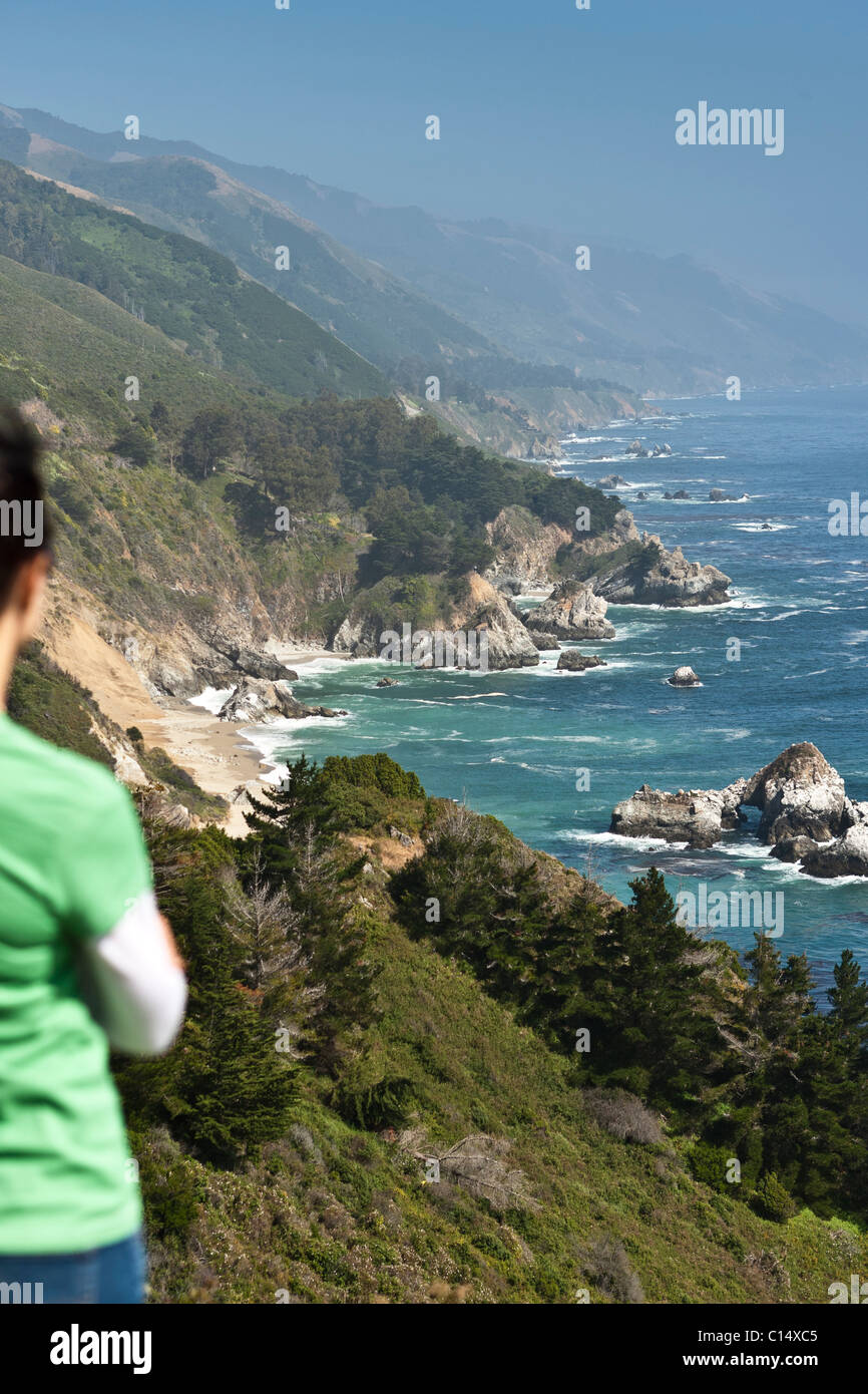 looking at cliffs, Pacific Ocean view from Highway 1 in Big Sur, California. Stock Photo