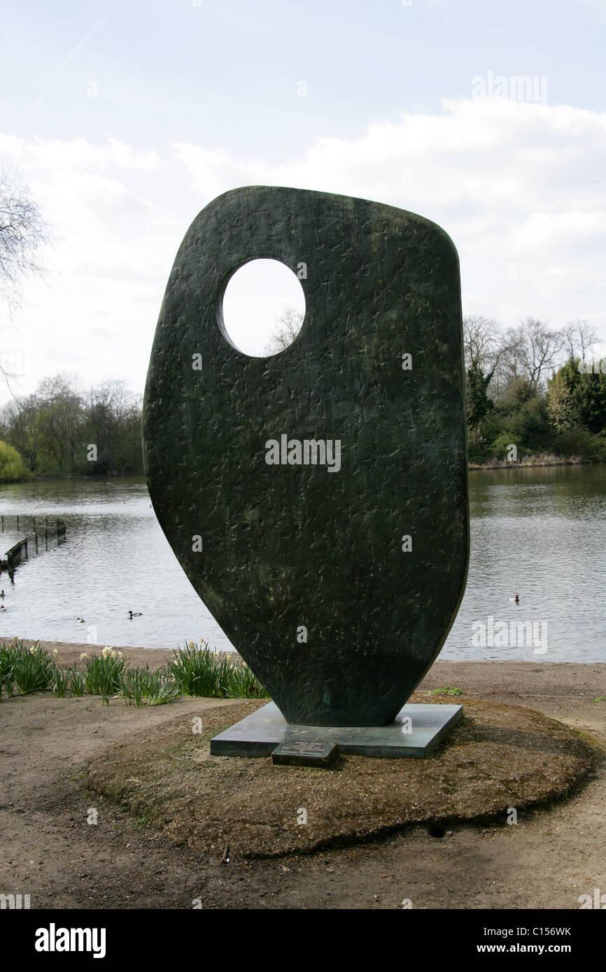Single Form 1961 62 Statue Dedicated To Dag Hammarskjold By Barbara Hepworth