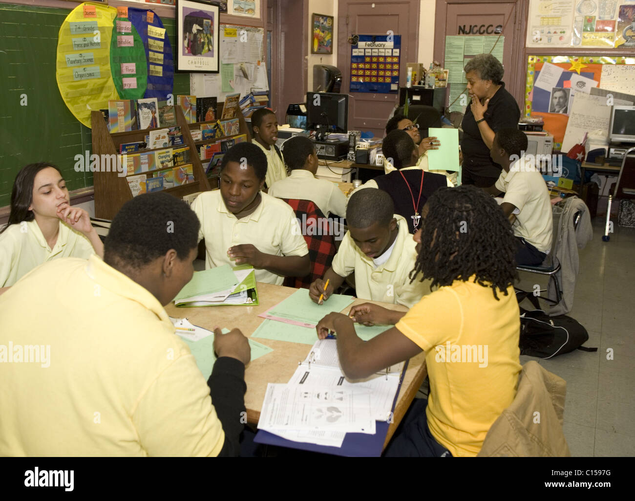 Junior High School science class in Newark, New Jersey.tr - Stock Image