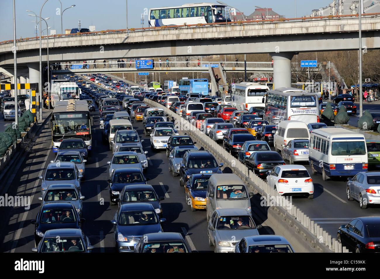 Congested traffic on Beijing motorway, China. 09-Mar-2011 - Stock Image
