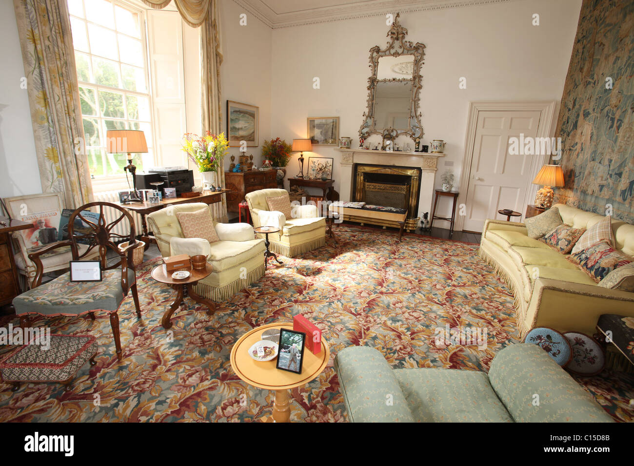 Village Of Mey Scotland The Castle Of Mey Drawing Room Stock Photo 35155579 Alamy