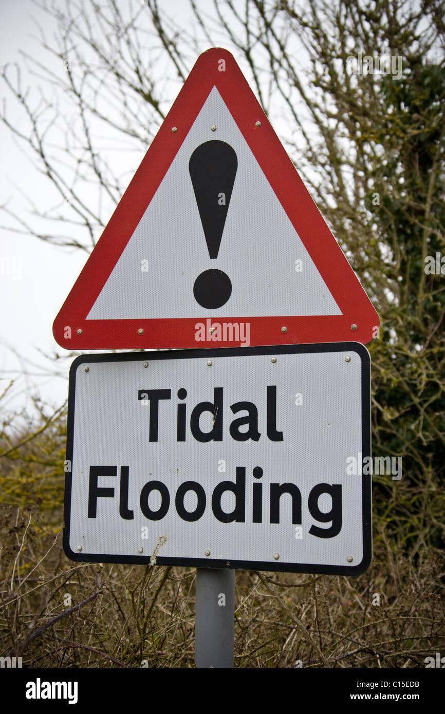 Tidal Flooding warning sign on the North Norfolk Coast - Stock Image