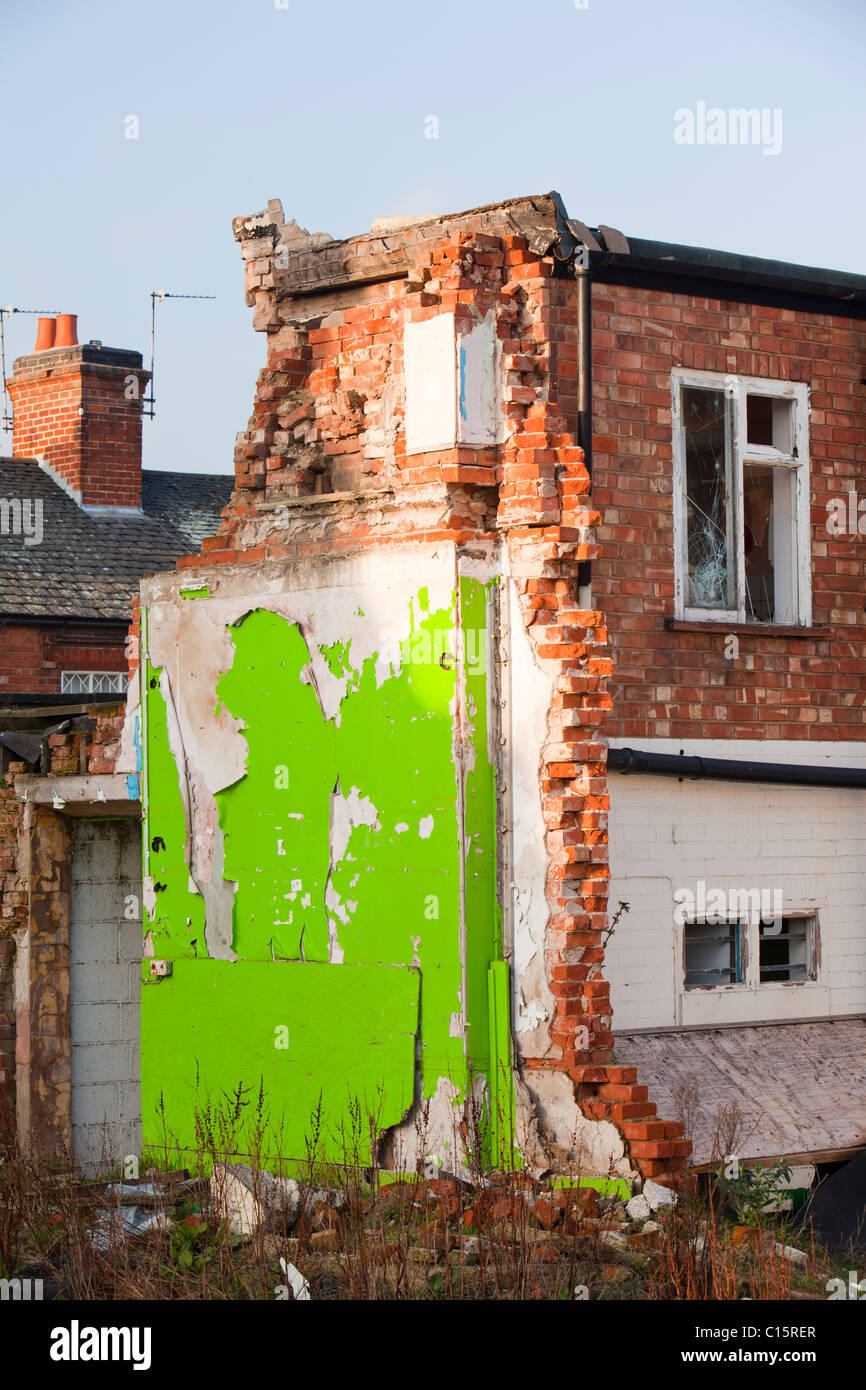 Derelict housing in Loughborough, Leicestershire, UK. - Stock Image