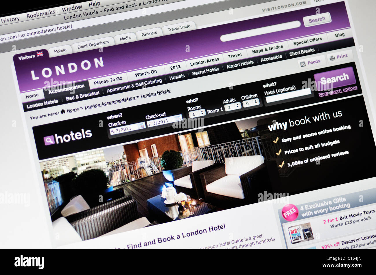 London hotel booking and tourist guide website - Stock Image