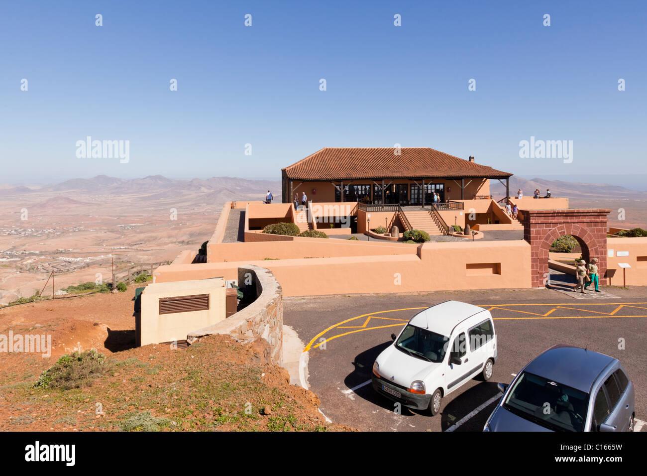 The cafe at Mirador de Morro Velosa, a 650 metre high viewpoint on the Canary Island of Fuerteventura - Stock Image