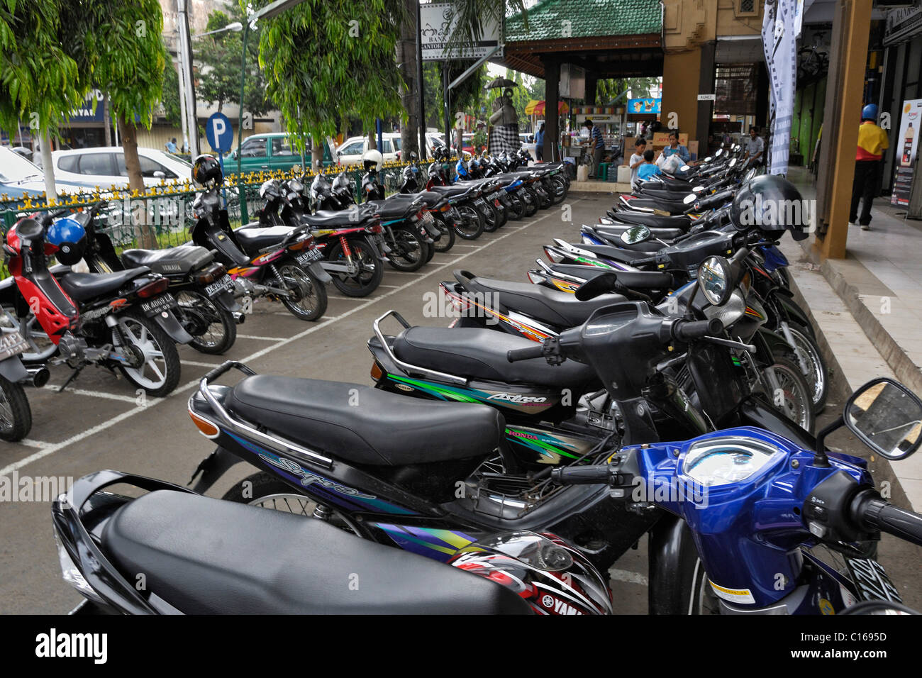 Motorbikes for hire in Klungkung, Bali, Indonesia, South East Asia - Stock Image
