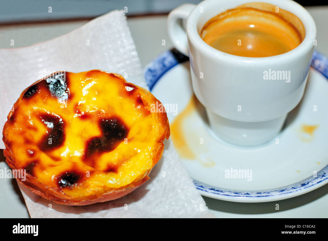 portugal lisbon coffee and pastel de belem in the antiga stock photo 35176794 alamy. Black Bedroom Furniture Sets. Home Design Ideas