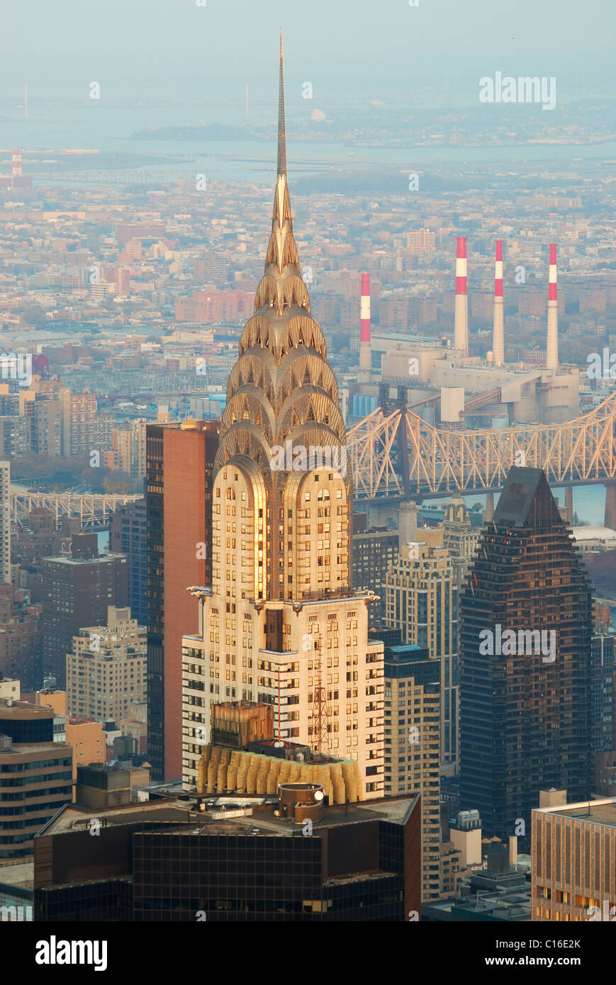 the chrysler building is an art deco skyscraper and was the world s