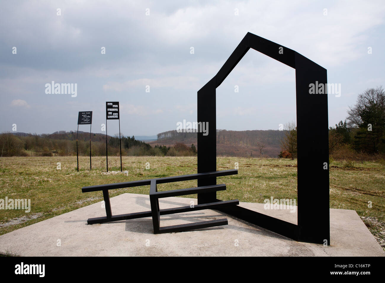 'Expulsion' work of art by Herbert Fell, 'Sculpture park' national monument to German unity on the - Stock Image