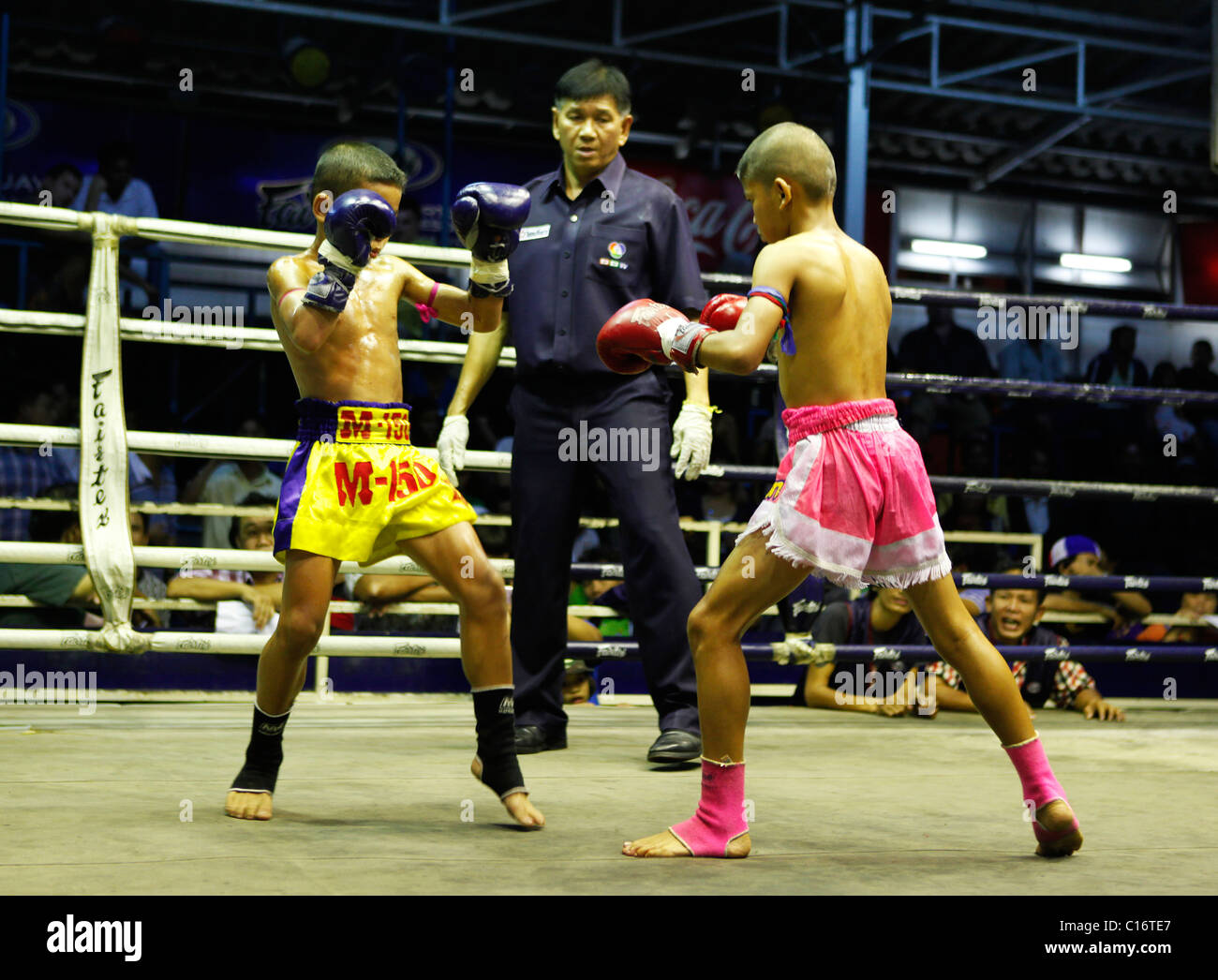 Two young boys kickboxing in Thailand, - Stock Image