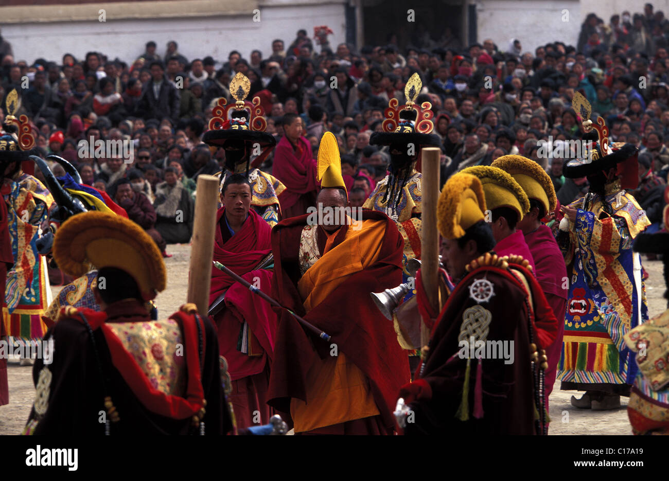 China, Tibet, Labrang, ceremonies and rituals while unrolling the Great Tangka - Stock Image