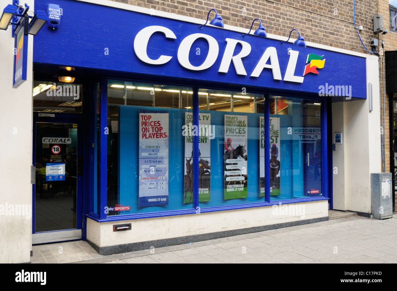 Coral betting Shop, Cambridge, England, Uk - Stock Image