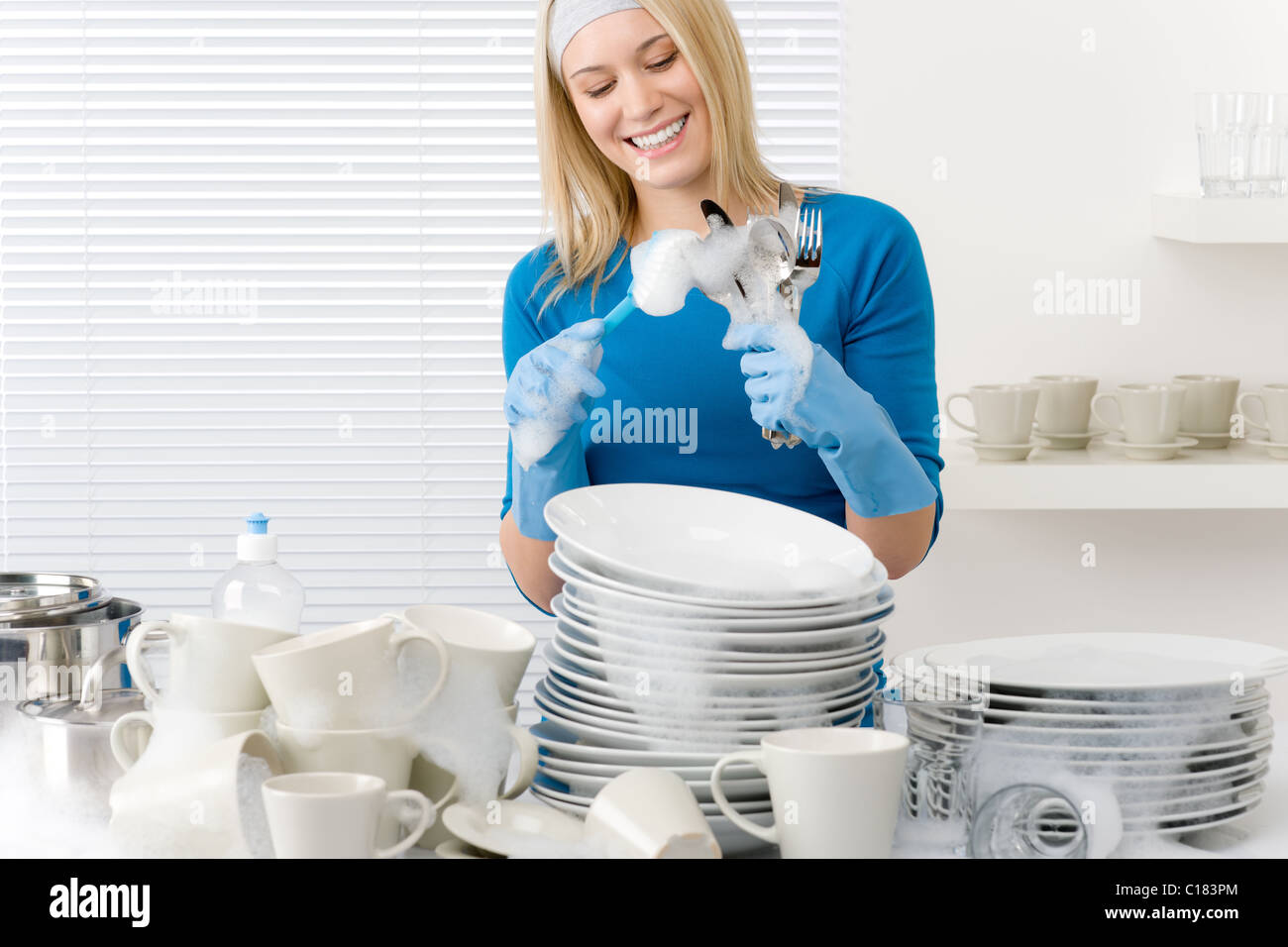 Kitchen Maid Stock Photos & Kitchen Maid Stock Images - Alamy