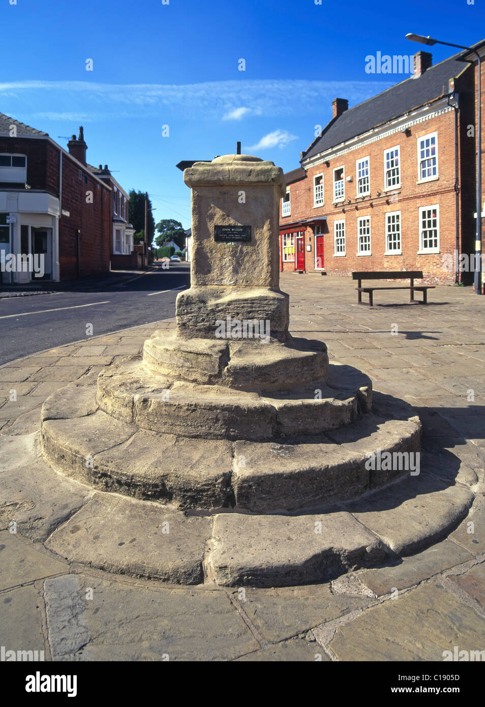 Market Cross where methodist preacher John Wesley preached and was born in Epworth Isle of Axholme North Lincolnshire - Stock Image