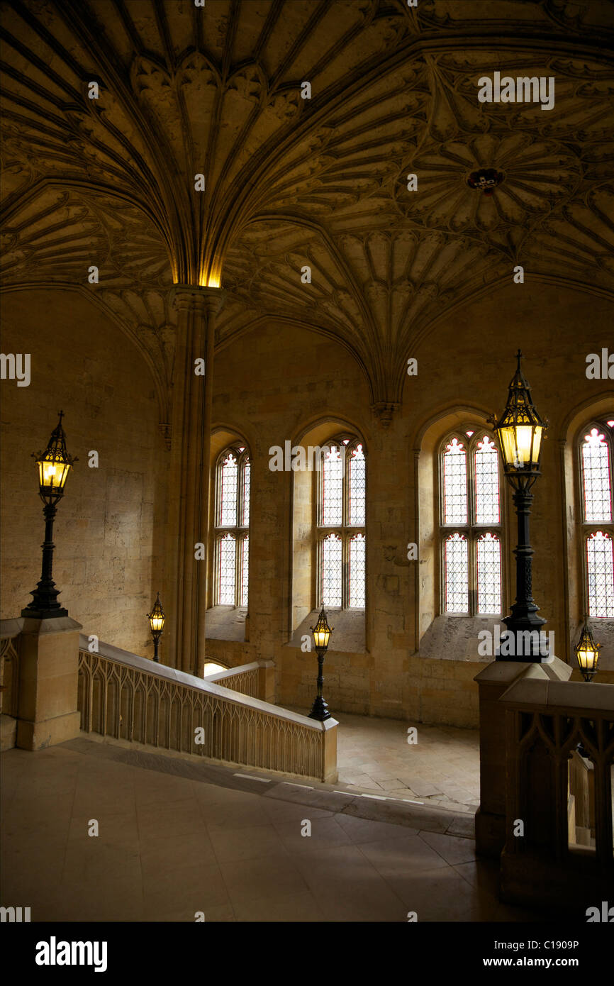 Fan vaulted ceiling, 1638, above the staircase by James Wyatt, 1805, to dining hall Christ Church College, Oxford - Stock Image