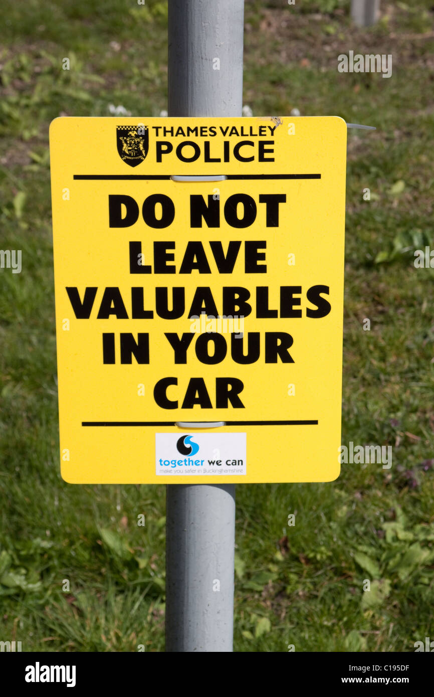 Police warning sign 'Do not leave valuables in your car' - Stock Image