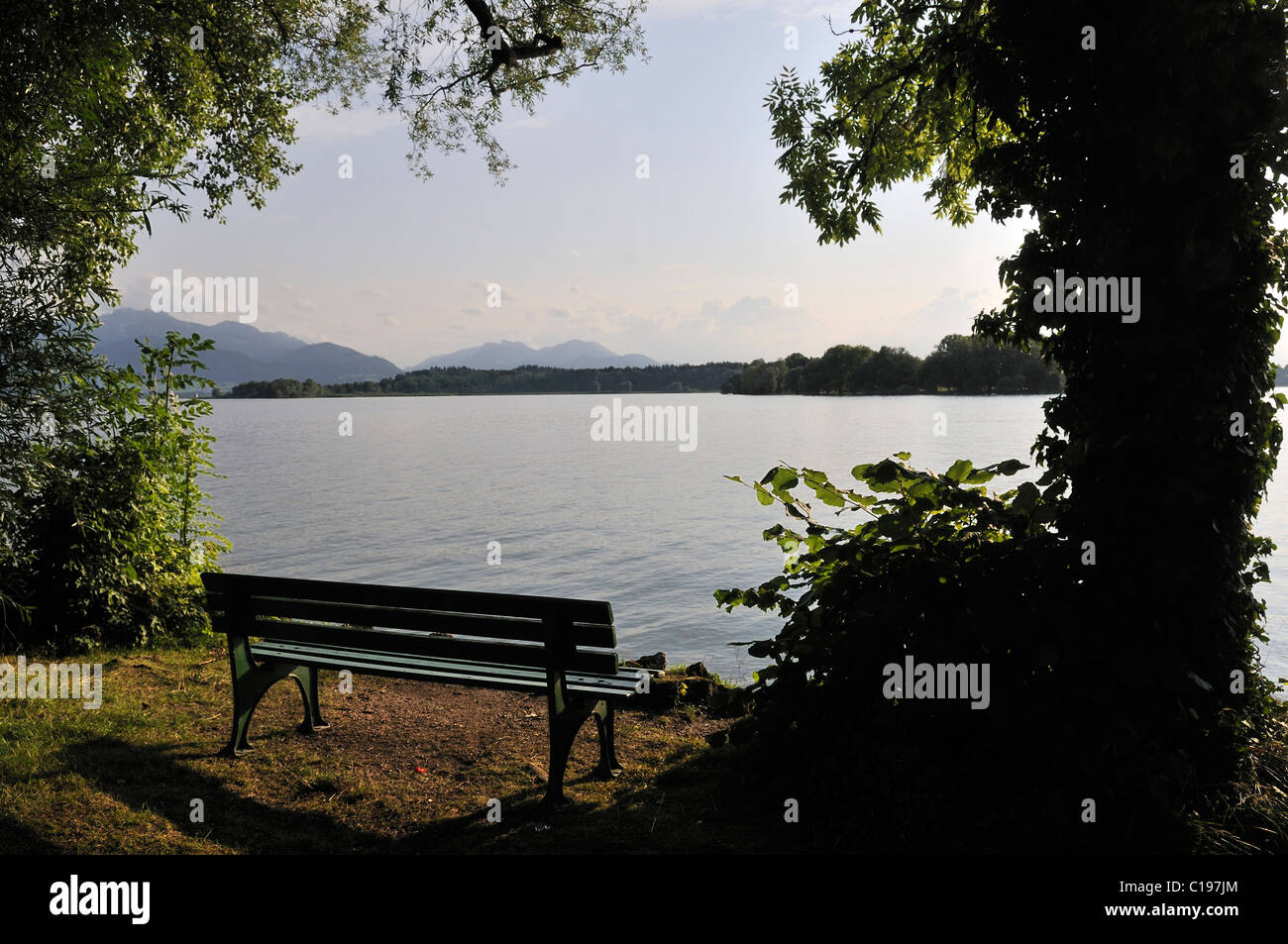 Vacant banquette with sea view, Fraueninsel on Chiemsee, Chiemgau, Upper Bavaria, Bavaria, Germany, Europe - Stock Image