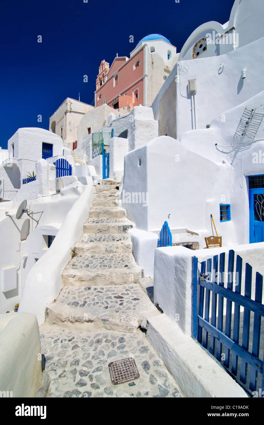 Stairway with typical Cycladic architecture, Oia, Ia, Santorini, Cyclades, Greece, Europe - Stock Image