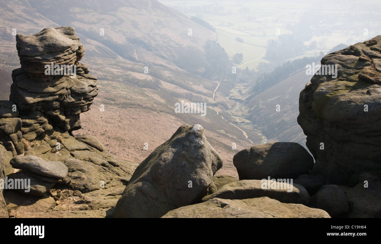 Upper Tor weathered stones overlooking Grindsbrook on Kinder Scout Edale in the Derbyshire Peak District - Stock Image
