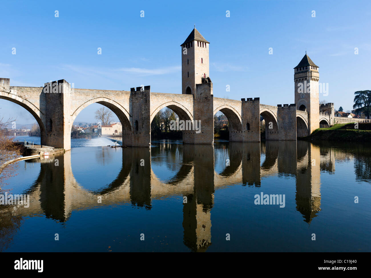 The medieval Pont Valentre over the River Lot, Cahors, The Lot, France - Stock Image