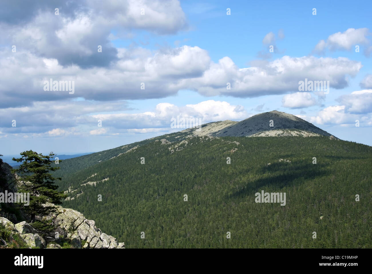 Mount Taganay in the Urals: ridges, peaks, interesting facts 100