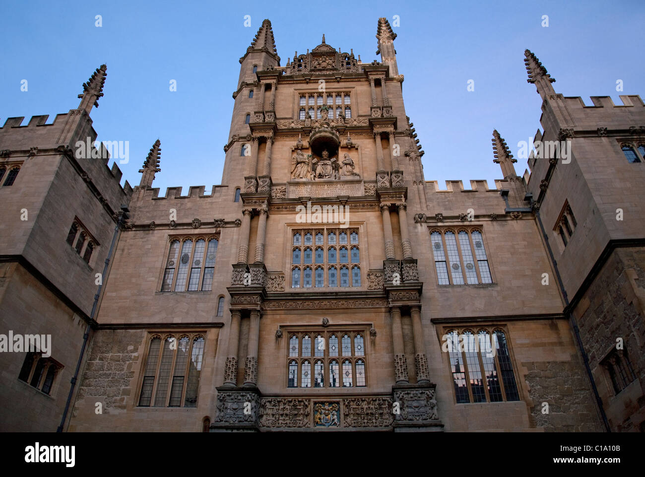 Entrance of the Bodleian Library / Bodley of the Oxford University, Oxfordshire, England, UK - Stock Image