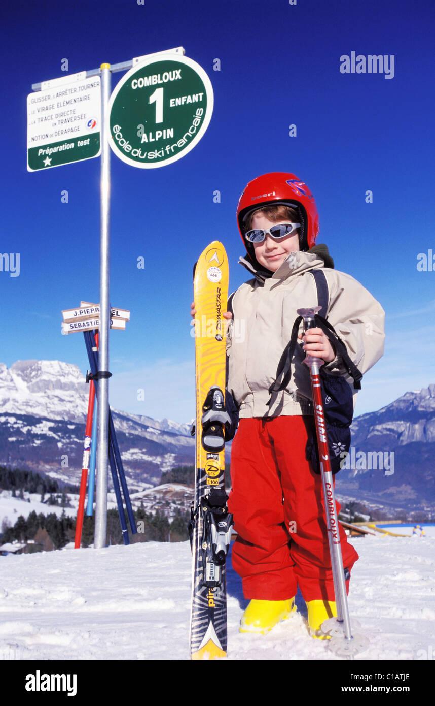 France, Haute Savoie, Combloux, ecole de ski - Stock Image