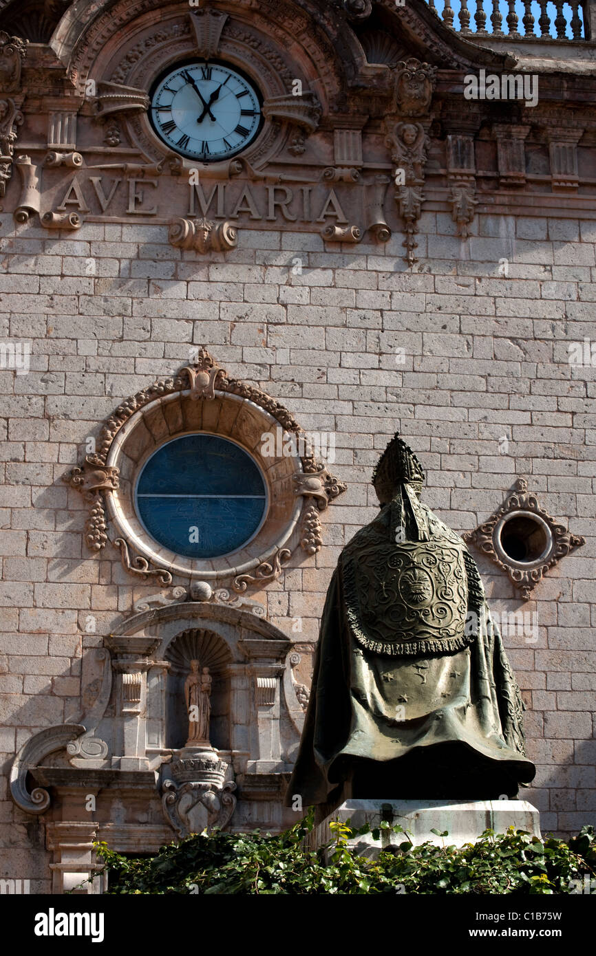 church at Monastery of Our Lady of Lluc with statue of bishop campins, Mallorca, Spain, 2011 - Stock Image