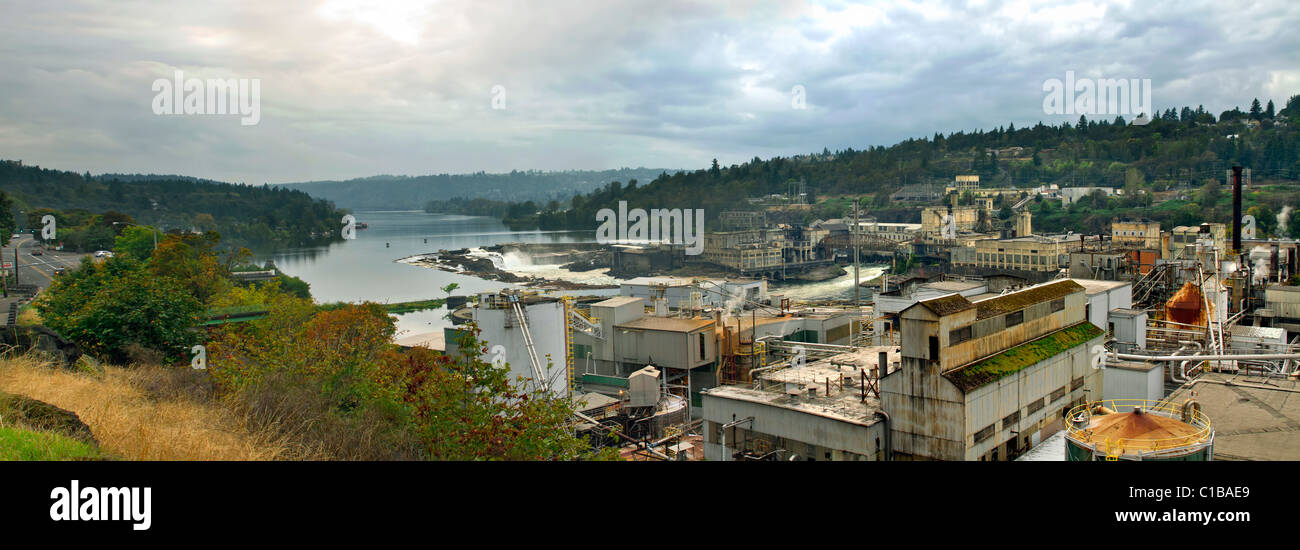 Electricity Power Plant at Willamette Falls Dam in Oregon City Panorama - Stock Image