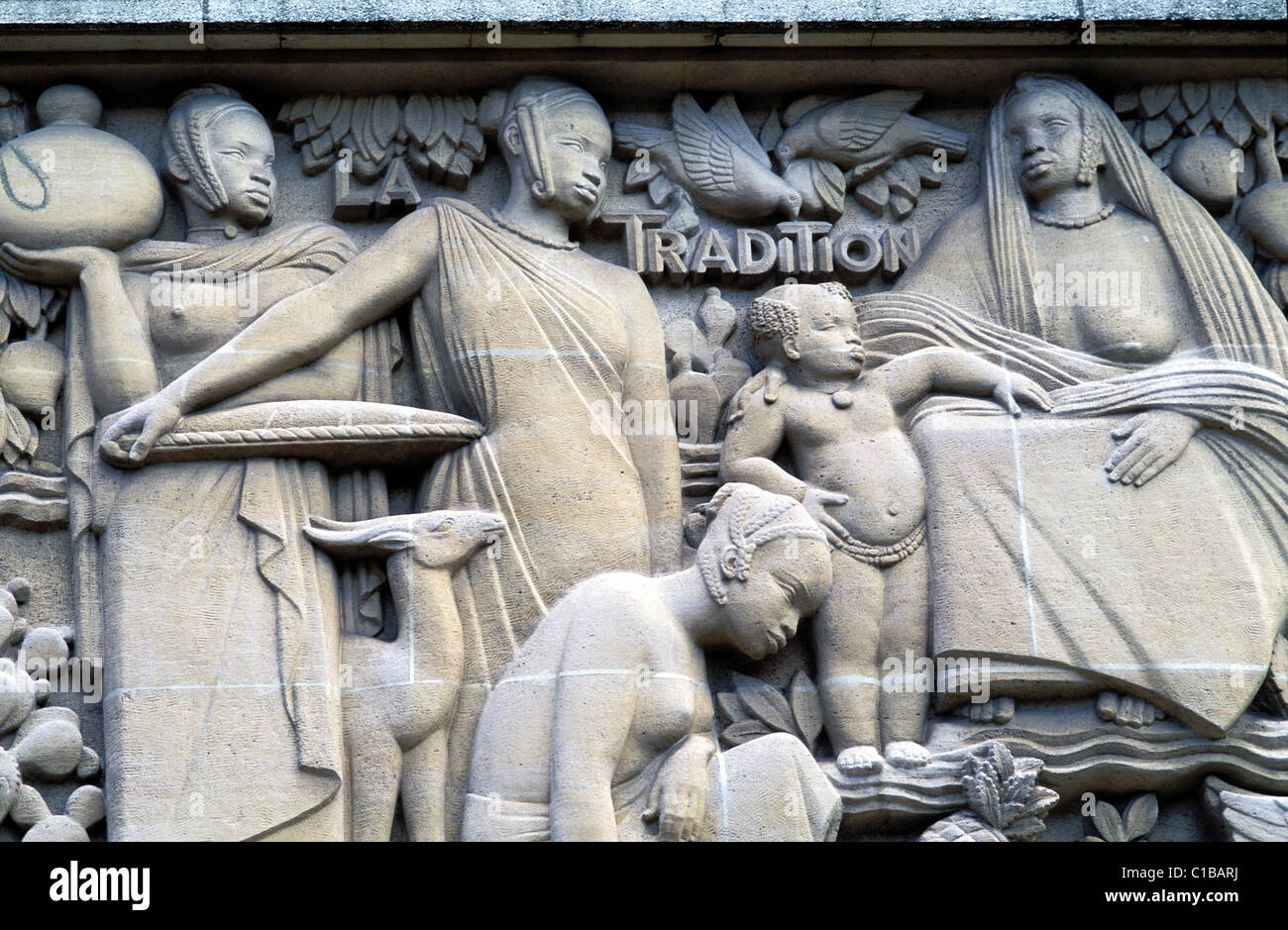 France Paris low relief's detail of the African building in the Cite Universitaire Internationale (International - Stock Image