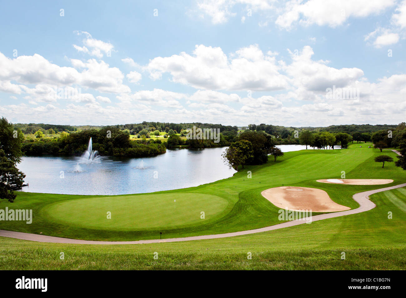 GRAND GENEVA RESORT GOLF COURSE GROUNDS LAKE GENEVA WI WISCONSIN MIDWEST USA AMERICAN GOLF CLUB RESORTS TRAVEL GREEN - Stock Image