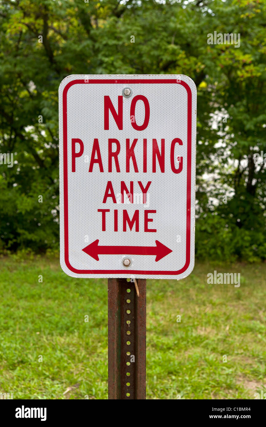 No parking sign - Stock Image