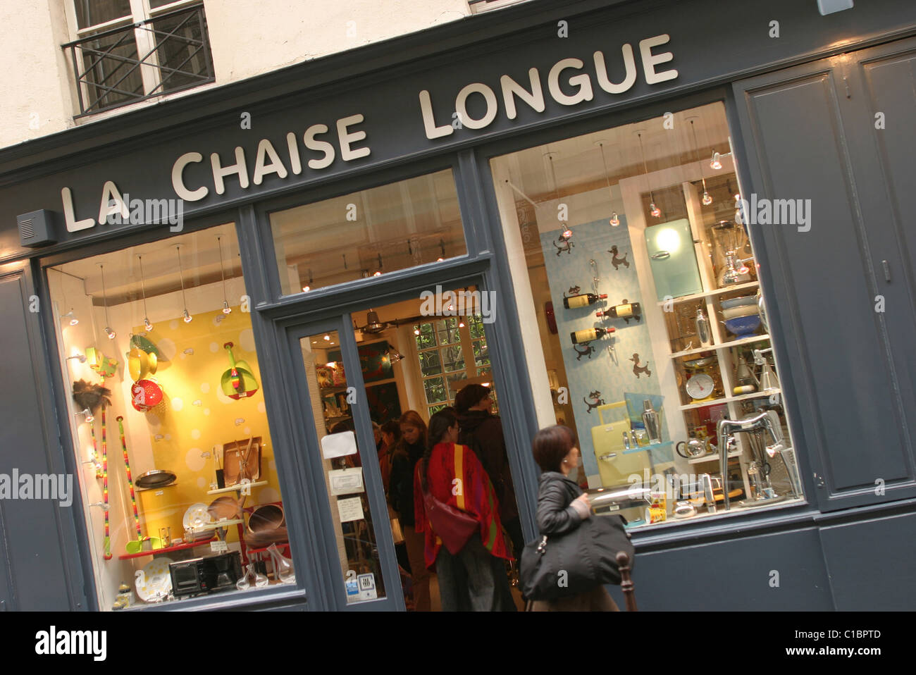 France Paris La Chaise Longue Decoration Shop On Francs Bourgeois