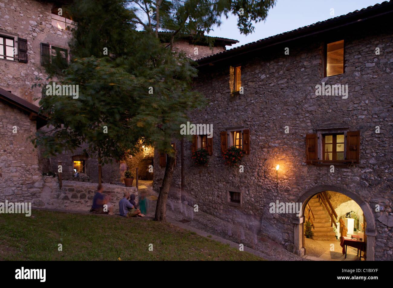 Rustico medioevo a Canale di Tenno show, Canale di Tenno village, Trentino Alto Adige, Italy, Europe - Stock Image
