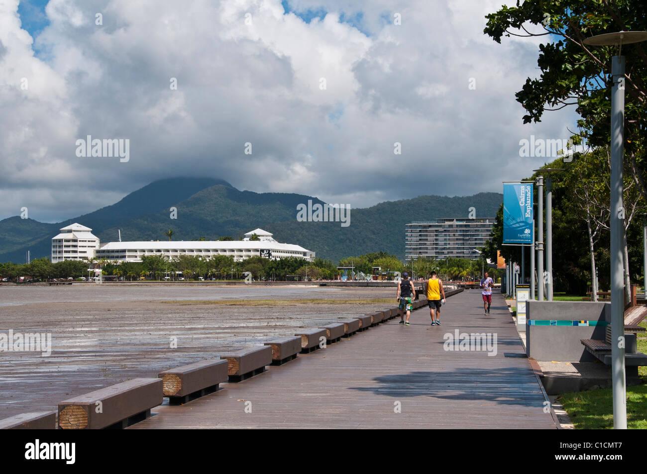 Esplanade boardwalk, Cairns, Queensland, Australia. - Stock Image