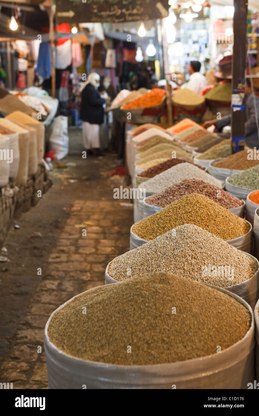 The Spice Souq in the Old City of Sana'a, Yemen - Stock Image