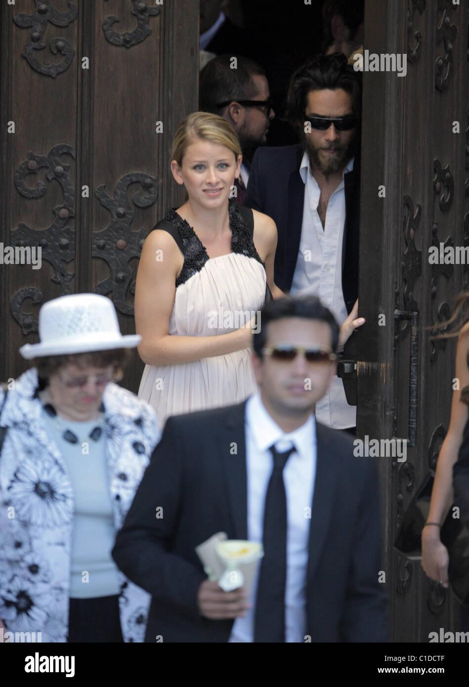 Lauren Bosworth The Hills Stars Spencer Pratt And Heidi Montag Get Stock Photo 35330863 Alamy