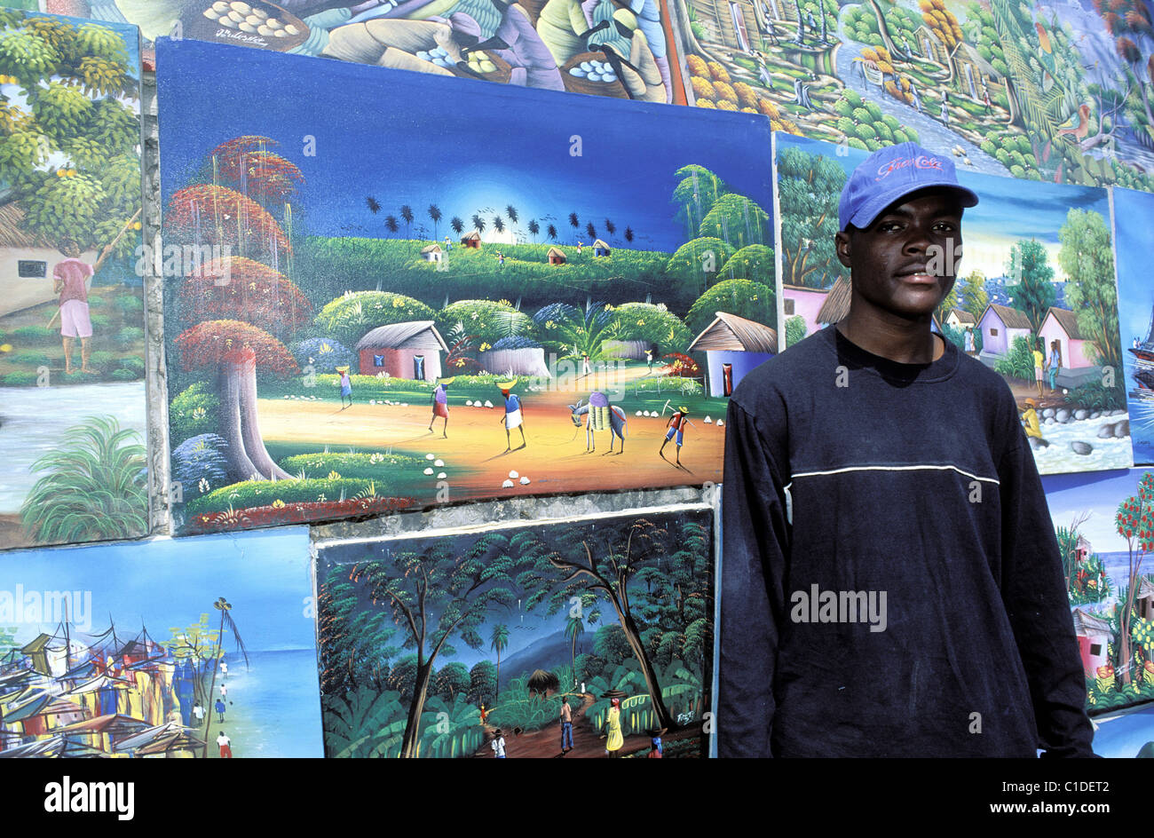 Haiti, Port au Prince, naive paintings for sale - Stock Image