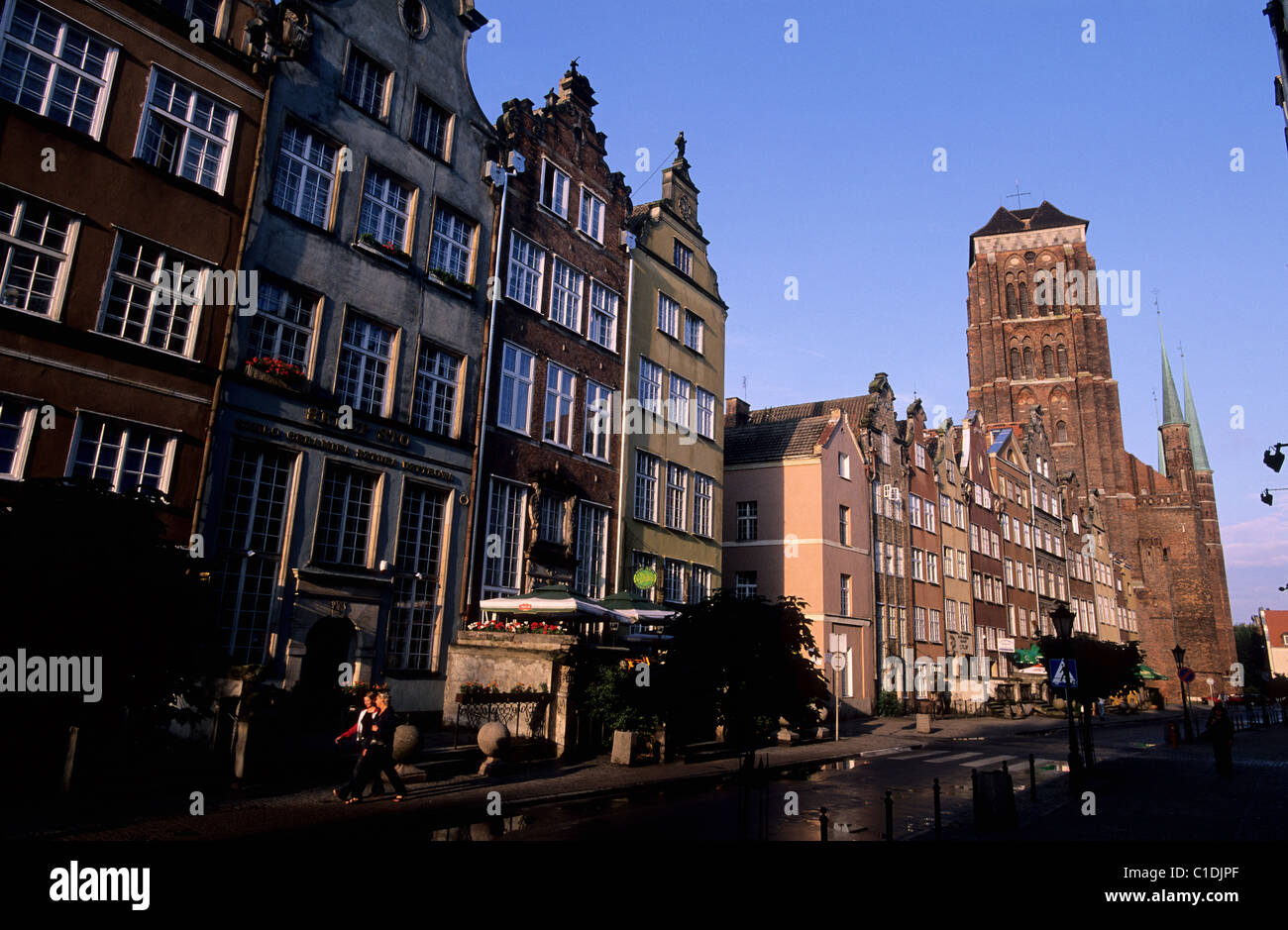 Poland Eastern Pomerania Gdansk Our Lady street arriving to the Long Quay (Dlugie Pobrzeze) in the old harbour by - Stock Image