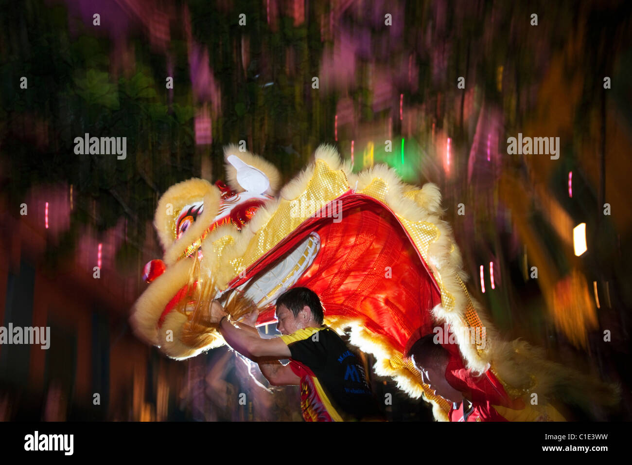 Lion dance performers during Chinese New Year.  Chinatown, Singapore - Stock Image