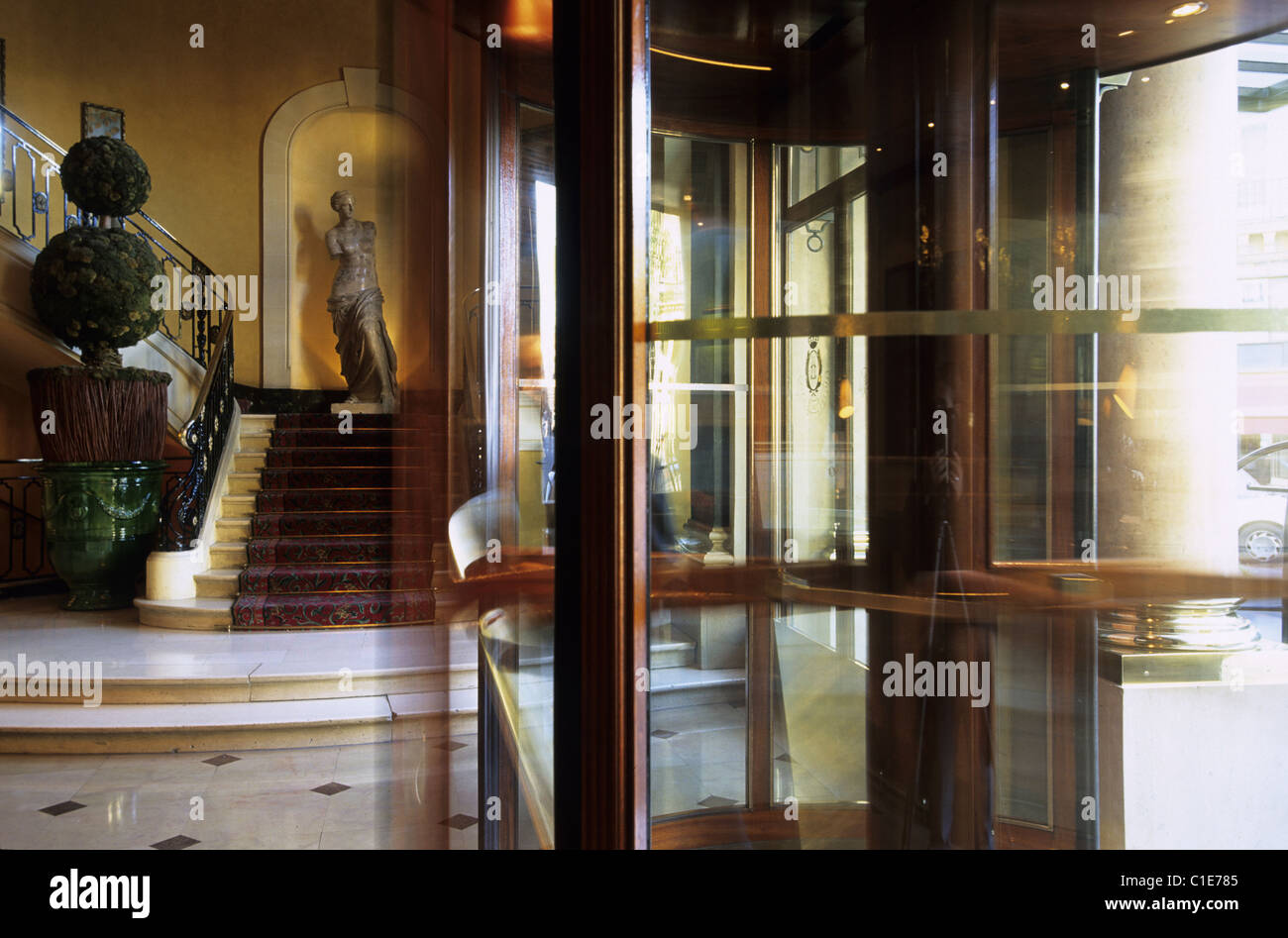 France, Paris, entrance hall of The Louvre Hotel - Stock Image