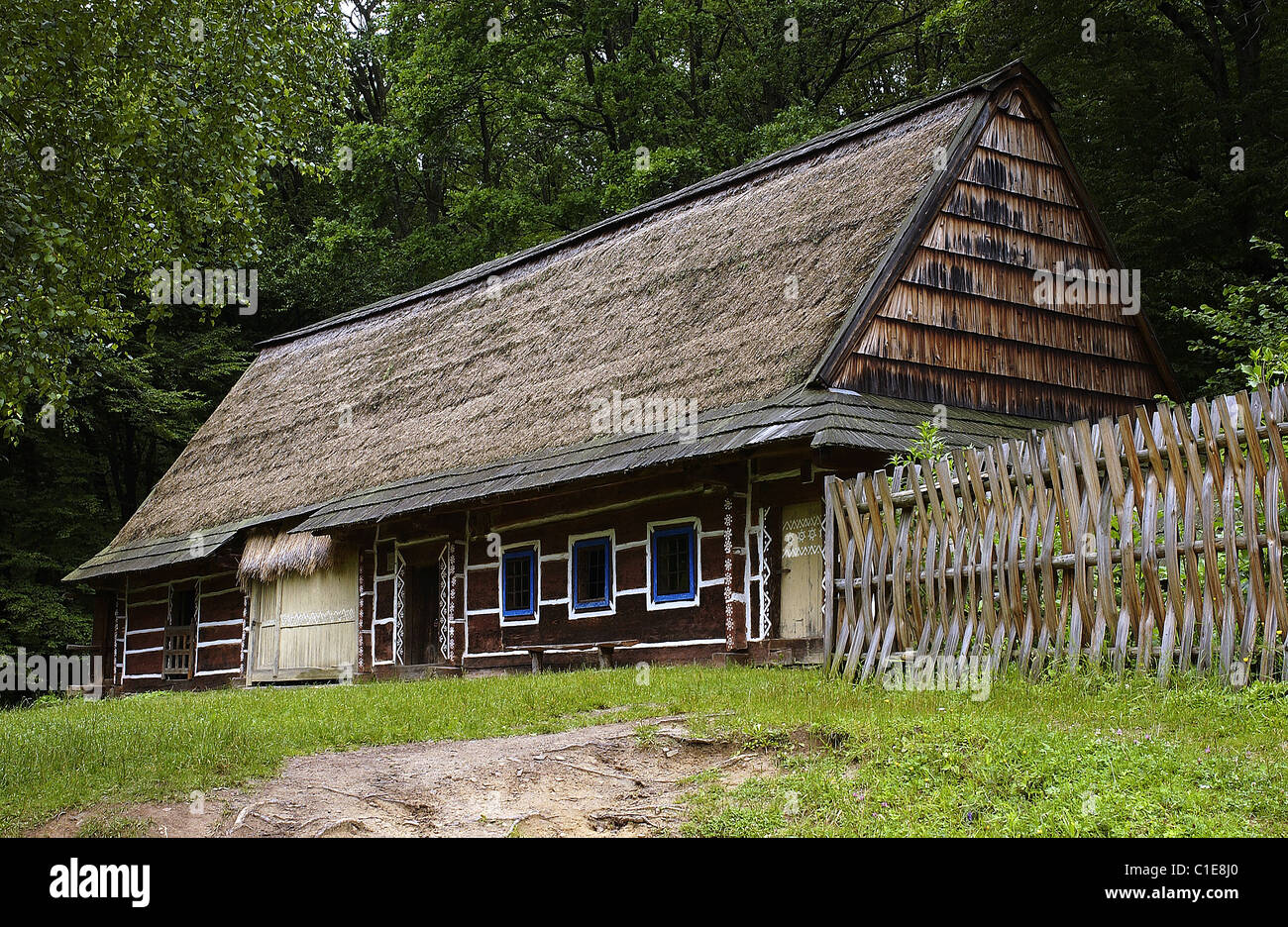 Poland, Sub-Carpathia, ethnographic park of Sanok (ecomuseum), wooden farm of the 19th century from the area of - Stock Image