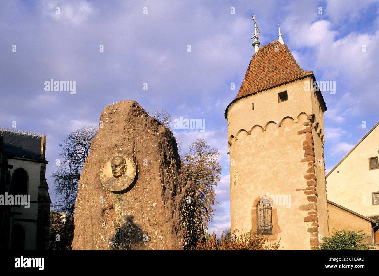 France, Bas Rhin, Obernai, tower of Poudriere at the bottom of the ramparts - Stock Image