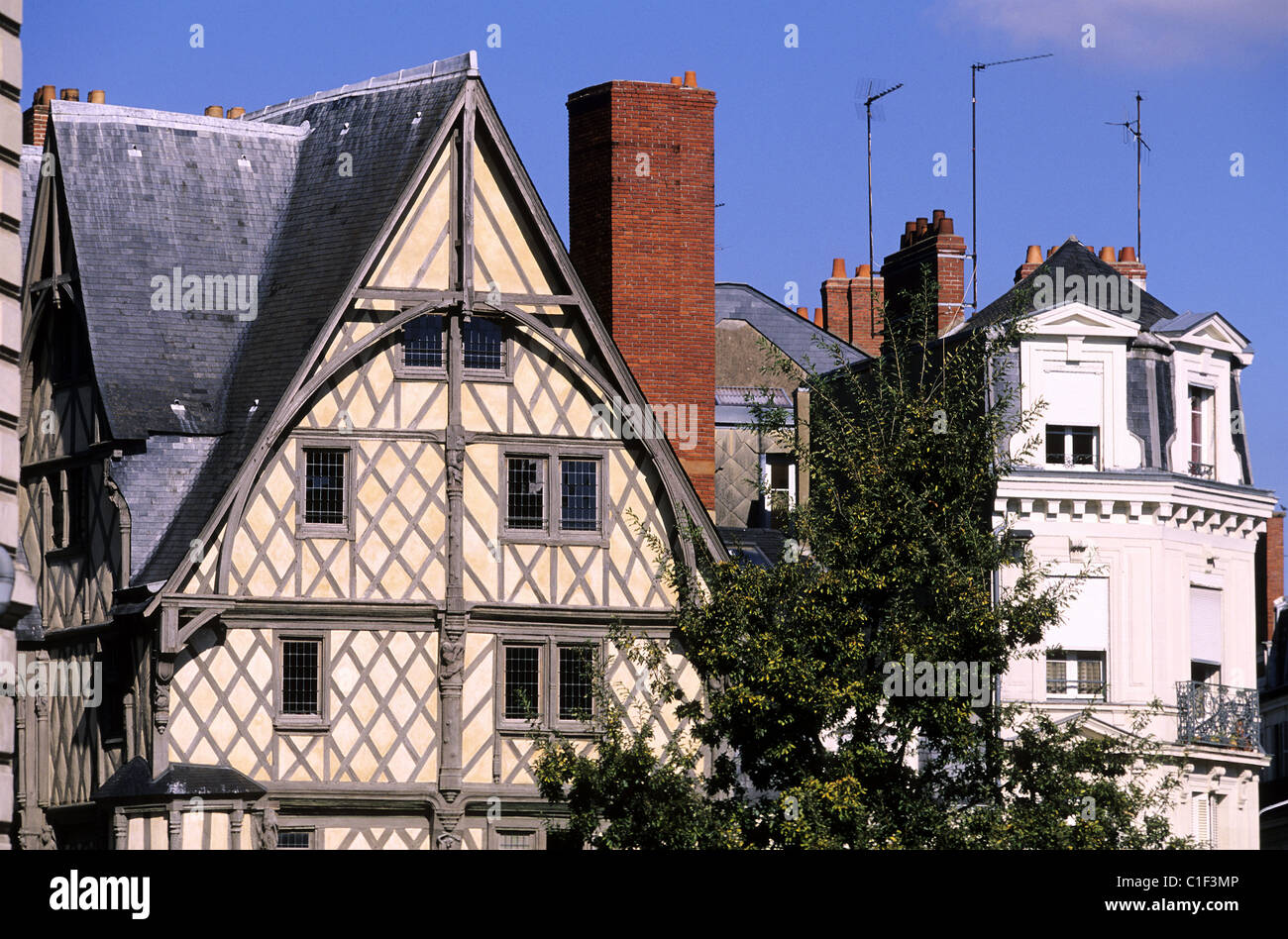 16th Century French Home - france-maine-and-loire-angers-house-of-adam-dating-from-the-16th-century-C1F3MP_Great 16th Century French Home - france-maine-and-loire-angers-house-of-adam-dating-from-the-16th-century-C1F3MP  Pic_39258.jpg